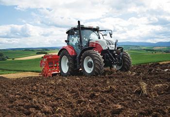 traktor steyr gruma