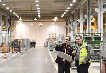 erfassung arbeitsbereiche warnweste lagerhalle scan pruefung 1