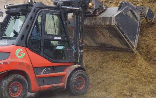 gruma gabelstapler einsatz in der landwirtschaft silage