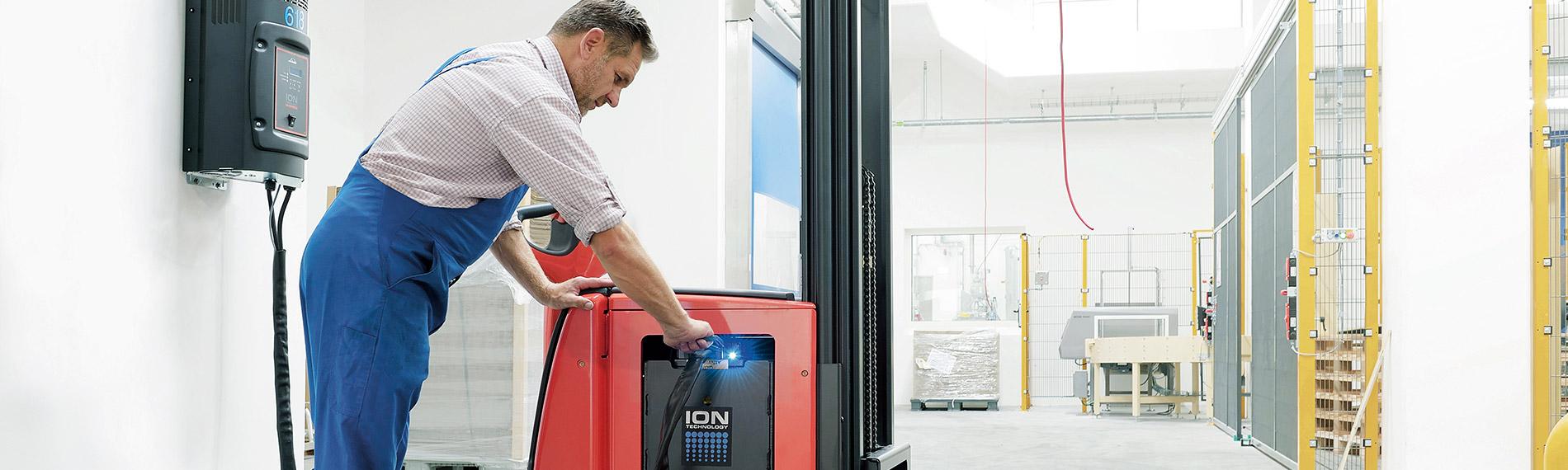 header desktop lithium ionen batterie ladegeraet