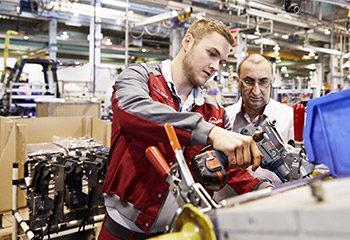 mechatroniker ausbildung lehre azubi ausbilder maschine reparatur