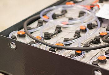 schlaeuche batterie linde stapler
