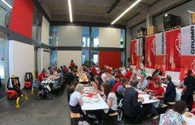 catering staplercup 2019 mitarbeiter und besucher essen
