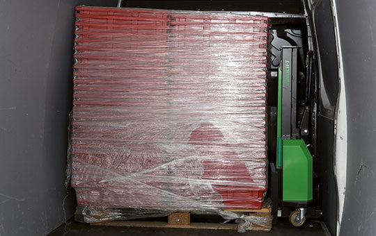 palletten in transporter und innolift mitnahmestapler