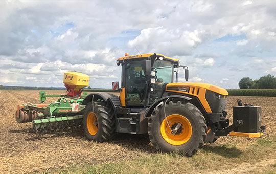 reifendruckregelsystem terracare jcb traktor mit anhaenger