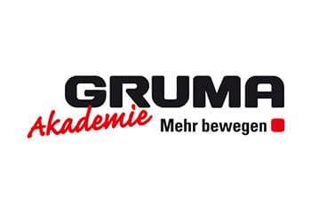 gruma akademie logo auf weissem hintergrund