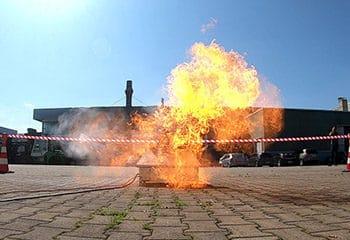 vorschaubild explosion bei brandschutzhelfer ausbildung der gruma akademie